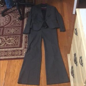 Pants suit from Express - size 4. Worn once!